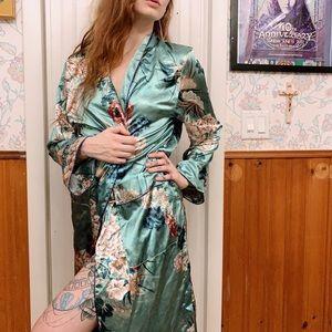Silky Smooth Kimono Floral Dressing Gown Robe Sz S